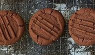 Kakaolu Bisküvi Tarifi: Evde Atıştırmalık Arayanlara Pratik Bir Önerimiz Var! Kakaolu Bisküvi Nasıl Yapılır?