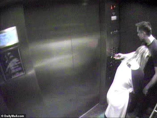 Görüntülerin çekildiği yer ise bir zamanlar Amber Heard ve Johnny Depp'in birlikte yaşadıkları evin asansörüydü.
