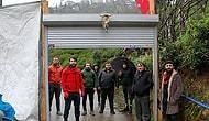 Rize'de Vatandaşlar, Köye Giriş Çıkışları Kontrol Etmek İçin Köyün Girişine Kepenk Kapı Yerleştirdiler