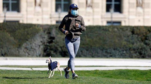 20. Fransız hükümeti, doktorların tepkileri üzerine Paris halkının sabah 10 ile akşam 7 arası dışarıda spor aktivitesi yapmasını yasakladı.