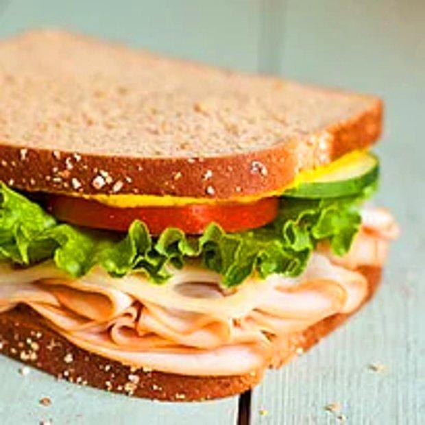 Sandviç gibi çabuk hazırlanıp, çabuk tüketilen.