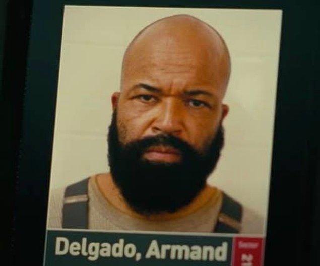 20. Namıdiğer Bernard 'Armand Delgado' ismini kullanıyordu. Bu takma ad aslında 'Hasarlı Arnold' (Damaged Arnold) isminin yerleri değiştirilerek kelime oyunu oynanmış hali.