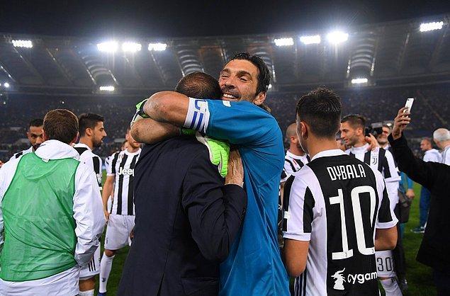 1. Gianluigi Buffon (Gigi)