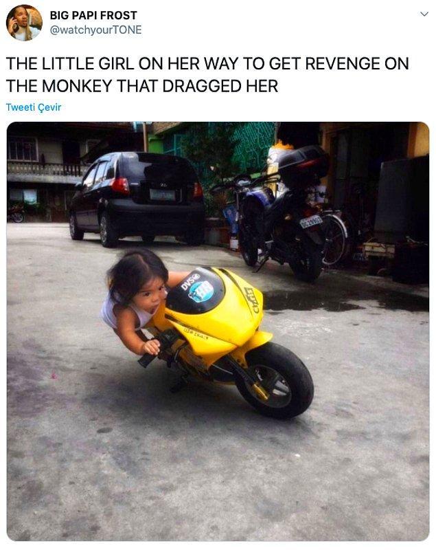 """3. """"Kendisine saldıran maymundan intikam almak için yollara düşen küçük kız."""""""