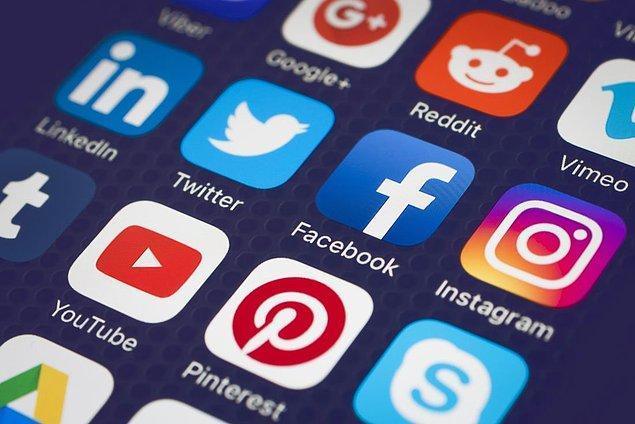 İnternet birdenbire kesilseydi ilk fark eden sosyal medya kullanıcıları olurdu.