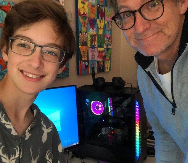 """6. """"İlk bilgisayarımı babamla birlikte 13 yaşımdayken yaptık."""""""