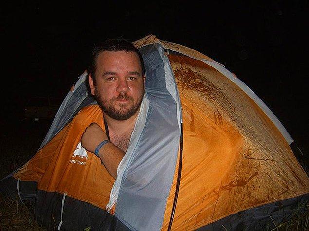 """12. """"Kamp yapmak için aldığım çift kişilik çadır."""""""