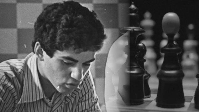 1985'te Garry Kasparov 22 yaşındayken, en genç dünya şampiyonu unvanını almıştır.