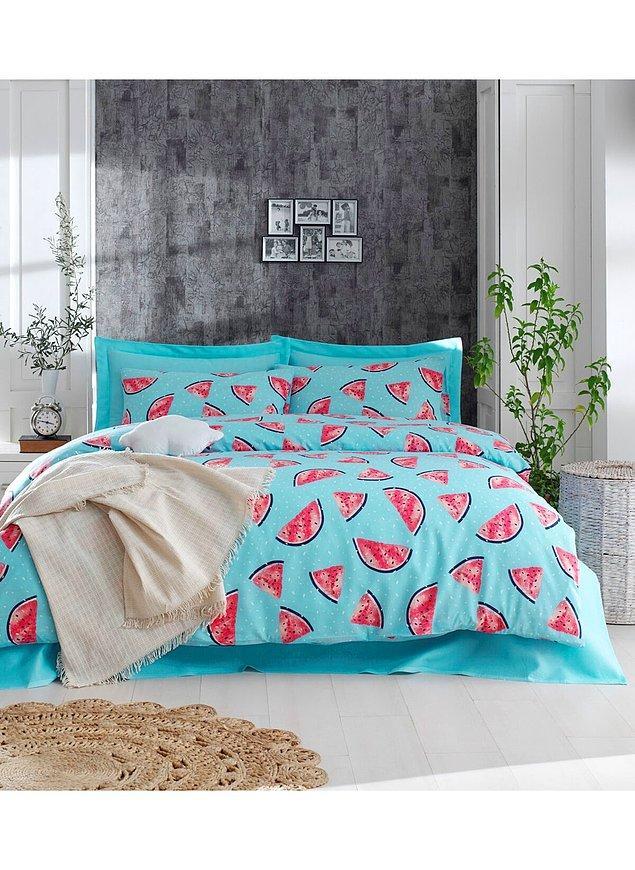 7. Hazır pijama demişken, birden o kadar çok nevresim değiştirir olduk ki evdekiler yetersiz kaldı değil mi? (Tamam bu karpuzlu nevresime ihtiyacınız olduğuna dair iyi bir bahaneydi 😌)