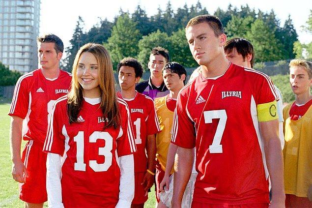 9. Seksi Futbolcu (She's the Man) - 2006