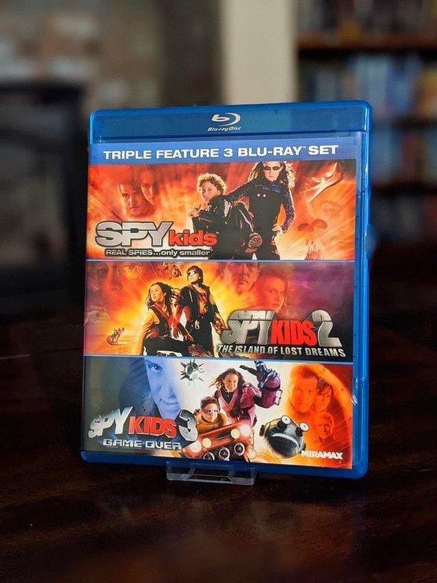 5. İçerisinde birçok film bulunduran DVD'ler