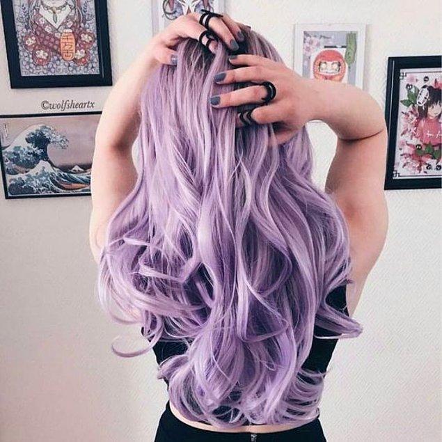 3. Cesareti olanlardansanız, morun en güzel tonu olan lilayı saçlarınızda da deneyebilirsiniz.