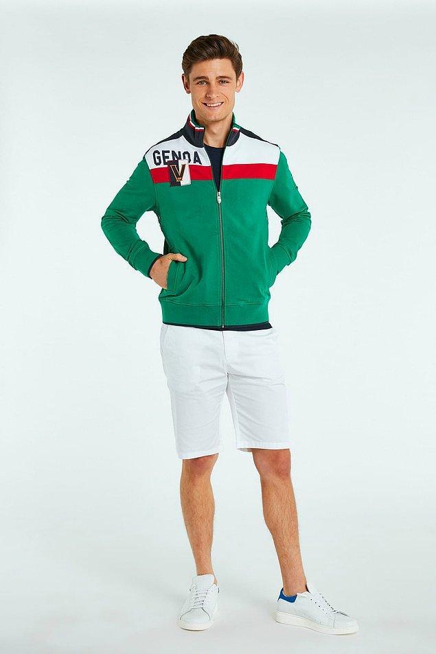 """7. """"İndirimde yakalarsam affetmem"""" diyenler için ünlü markanın ceketleri de şu anda %70 indirimli."""