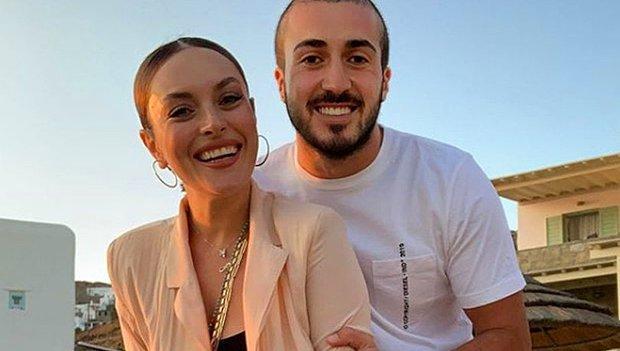 Ezgi Mola&Mustafa Aksakallı