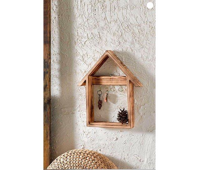 18. Hoş bir anahtarlık hem dekorasyona hava katar hem de dolap, çekmece anahtarınızı asabileceğiniz bir alan yaratır.