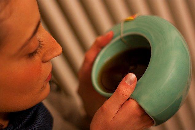 4. Ellerinizi de ısıtabileceğiniz kupa: