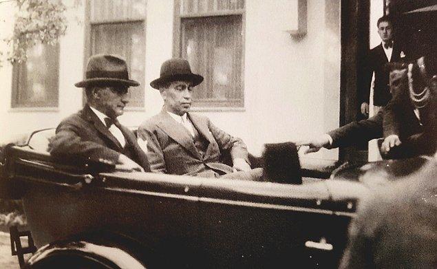 12 Ağustos 1930'da kurulan Serbest Cumhuriyet Partisi'nin lideri Fethi Bey ise 24 Eylül'de mecliste yeminini ederek hızlı ve sert muhalefetine başlar.