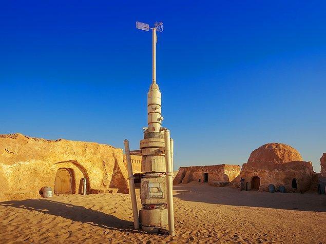 7. Star Wars serisindeki Obi-Wan'ın evi, Mos Espa vs. yapıların hepsi hala Tunus'ta ziyarete açıktır.