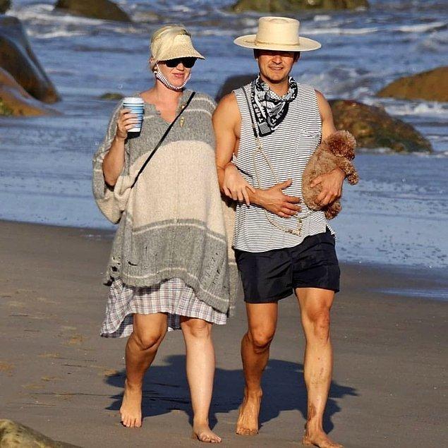 7. Katy Perry ve nişanlısı Orlando Bloom, sahilde yürüyüş yaparken görüntülendi!