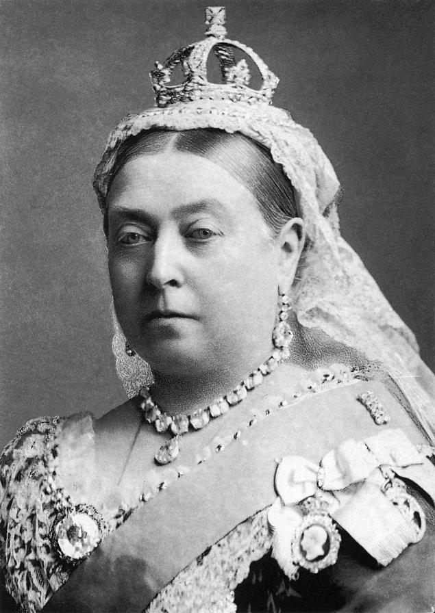 10. Kraliçe Victoria, regl ağrısı ile baş etmek için esrar kullanıyordu.