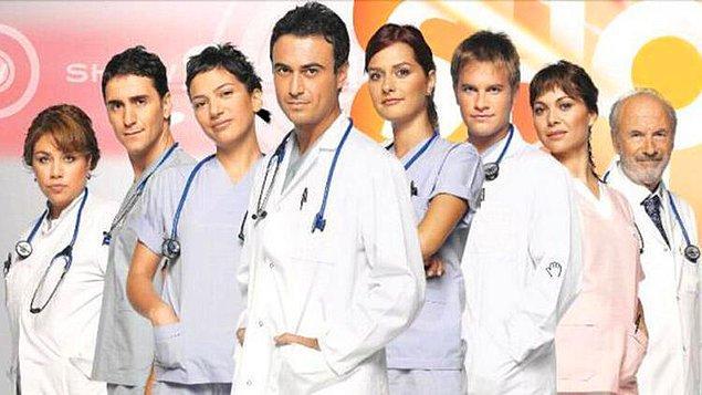 2006 yılında bizi televizyon önünde bekleten Doktorlar dizisi sene 2020 olmasına rağmen her yaz televizyonlarımızın olmazsa olmaz dizisi :)