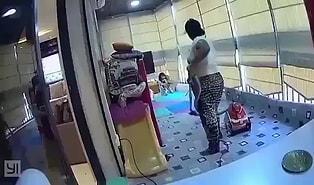 Beyrut'ta Meydana Gelen Patlamaya Evde Yakalanan Hizmetçinin Can Havliyle Evin Kızını Kurtardığı Anlar