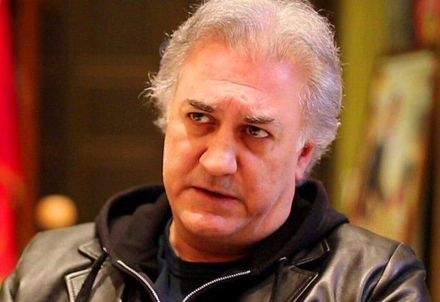 Tamer Karadağlı'ysa 'Çocuklar Duymasın' dizisinin gedikli oyuncusu ve bu sayede bilmeyen, tanımayan yok kendisini...
