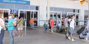 Antalya'ya İlk Rus Turist Kafilesi Geldi: 529 Rus Turist Antalya'ya İndi