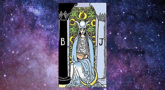 "Seçtiğin Kart; ""Baş Rahibe"""