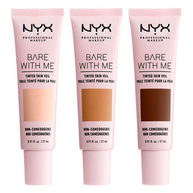 1. Renkli nemlendirici nedir diye soracak olursan, şimdi seni NYX Professional Makeup Bare With Me renkli nemlendirici ile tanıştıralım!