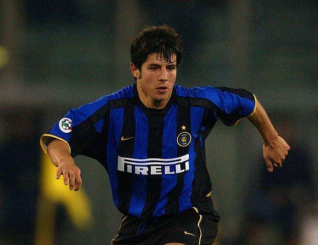 Inter'de 4 sezon top koşturan Emre, İtalya Kupası'nı kazandı.