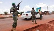 Mali'de Darbe Girişimi: Cumhurbaşkanı ve Başbakan Askerler Tarafından Alıkonuldu