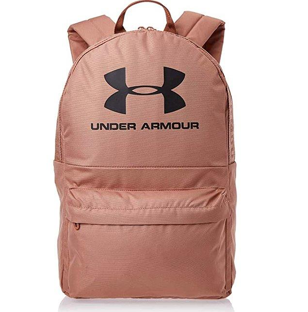 1. Bu unisex sırt çantasının çeşit çeşit rengi var!