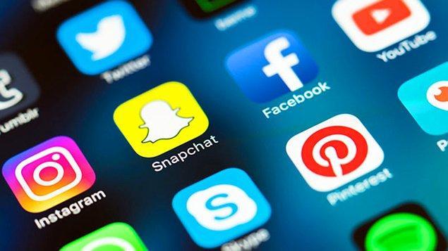 8. Son olarak bu sosyal medya hesaplarından en çok hangisinde aktif oluyorsun?
