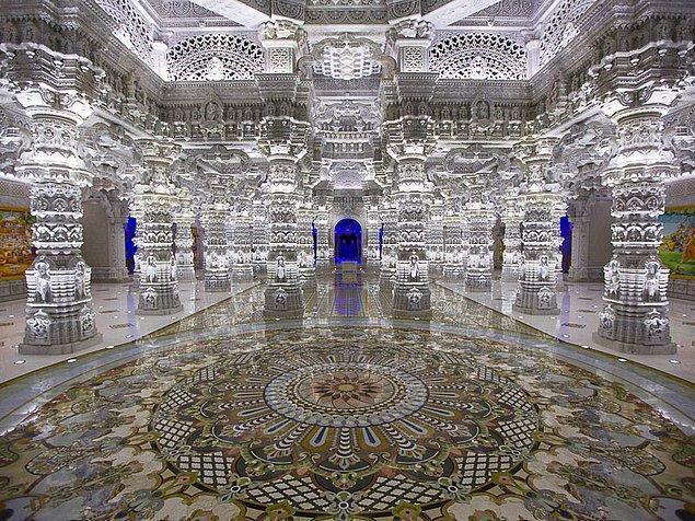 2. İçi tamamen kristallerle kaplı olan tapınak: