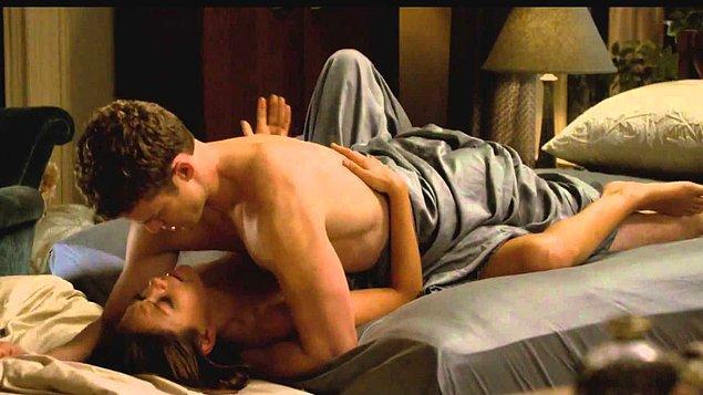 7. Mila Kunis, sahne çekimlerinde çok zorlanmış.
