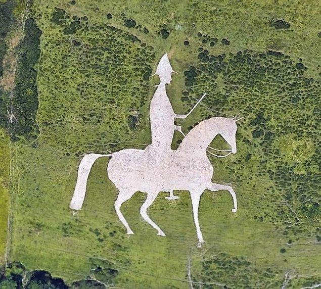 8. Birleşik Krallık'taki Osmington Beyaz Atı.