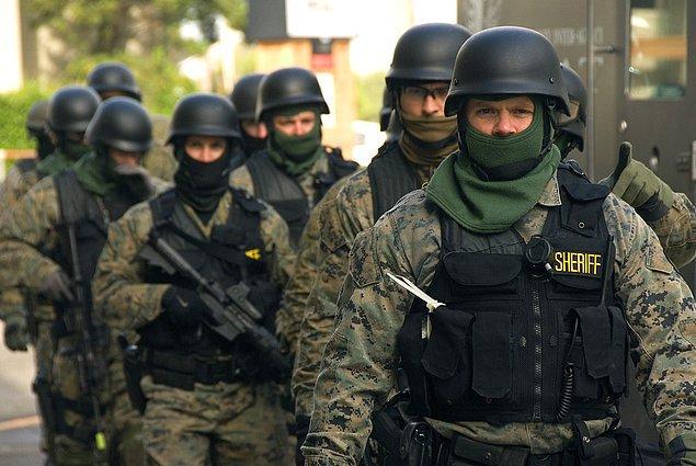 Sadece gamerların canlı yayınları için değil, kamu binalarının boşaltılması için de SWAT ihbarları yapılıyor.