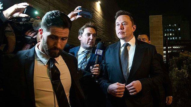 Şirketin iyi gelişme kaydettiğini söylen Musk'a göre asıl sorun, Mars'a giden kişileri hayatta tutmak.