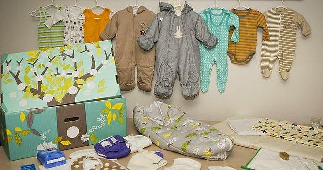 8. Finlandiya'da hükûmet tüm hamile kadınlara bebeklerin ihtiyaçlarından oluşan başlangıç paketleri gönderir.