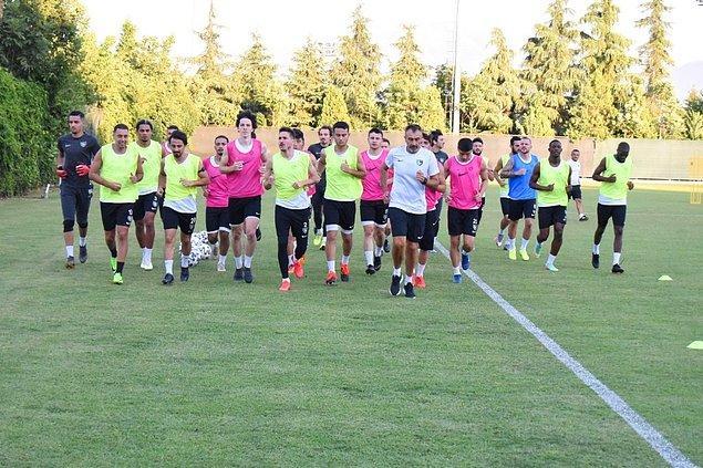 Afyonkarahisar ise kamp döneminin en gözde yerlerinden biri oldu. 70'e yakın kulübün kamp yaptığı ilde Süper Lig ekiplerinden Antalyaspor, Denizlispor, Ankaragücü, Göztepe ve Gaziantep FK yeni sezona hazırlandı.