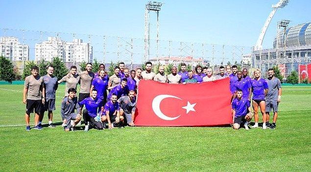 Son şampiyon Medipol Başakşehir de sezona kendi tesislerinde hazırlananlardan.