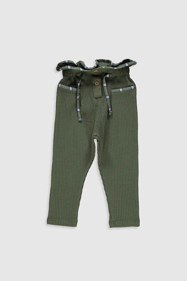 6. Bu pantolona tek kelimeyle ba-yıl-dım. Çocuk reyonunda olsa kızıma alacaktım ama ne yazık ki bebek reyonunda. 5 yaşa kadar bedeni var ve fiyatı sadece 29 TL!