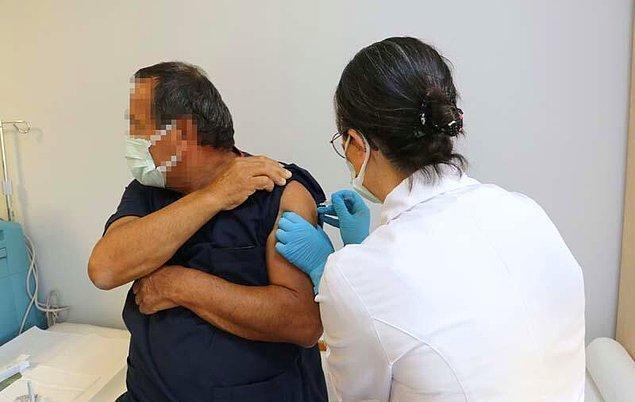 İlk doz sağlık çalışanlarına