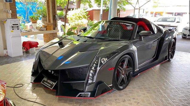 5. Modifiye edilerek Lamborghini'ye benzetilmiş Toyota MR2