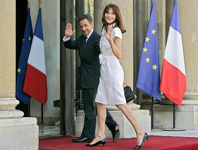 8. Eski İtalyan model ve müzisyen Carla Bruni, Fransa'nın eski cumhurbaşkanı eşi Nicolas Sarkozy'den 5 cm uzun.