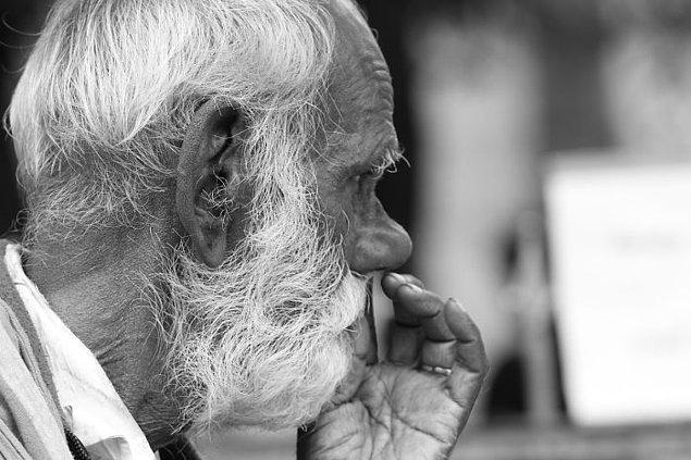 18. Yaşayan en yaşlı kişi olmak, doğduğunuz gün hayatta olan her insanın şu an ölü olduğu anlamına gelir.