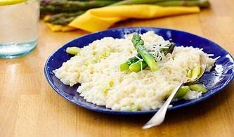 Kuşkonmazlı Risotto Tarifi: İtalyan Mutfağı Meraklılarını Buraya Alalım! Kuşkonmazlı Risotto Nasıl Yapılır?