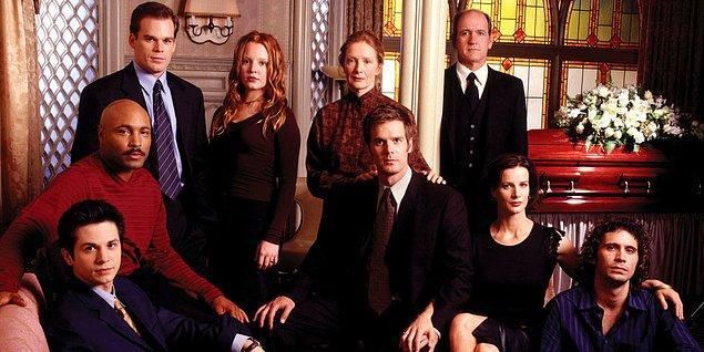 11. Six Feet Under (2001-2005)