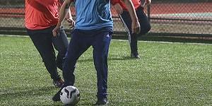Futbol Aşkı Salgın Dinlemiyor: Karantinada Olması Gerekenler Başkalarının HES Koduyla Halı Saha Maçına Çıkıyor